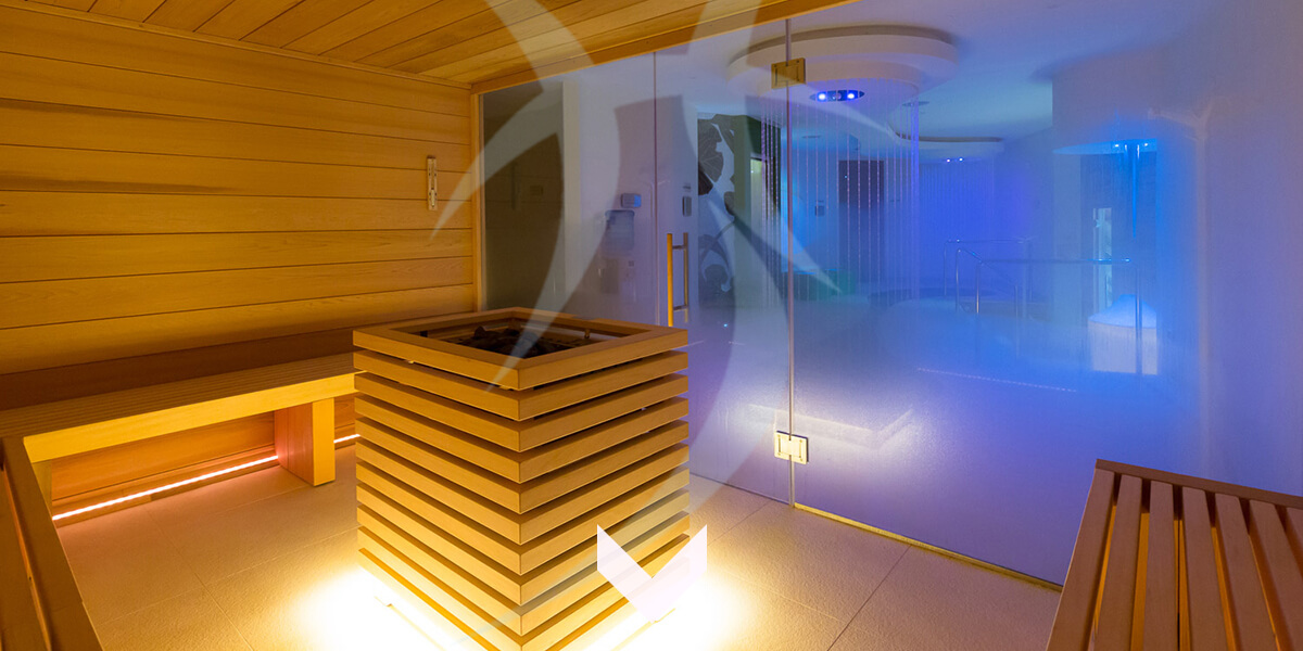 cr ateur d 39 espace bien tre pour professionnels et particuliers ouest spas la rochelle. Black Bedroom Furniture Sets. Home Design Ideas
